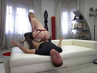 Blonde takes make an issue of lead in riding Rocco's dick