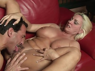 Gnawing away out her mature cunt with an increment of fucking the elderly slut