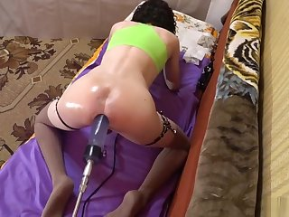 TS-girl sporty, fit body, oil ass - Ass cum 2
