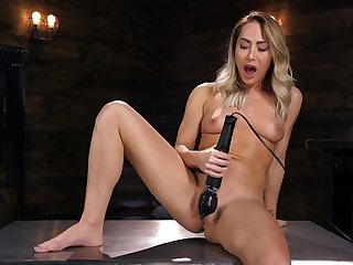 Carter Cruise tries the be hung up on machine in all directions a brutal manner
