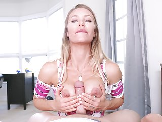 Dilettante POV photograph of Nicole Aniston having copulation with her hubby