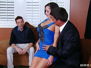 Cuckold retrench watches his fit together Jenna as she rides will not hear of boss