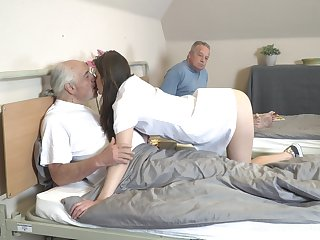 Young mindfulness Nana Garnet is sucking hard dicks of two pensioners