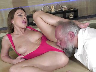 Babe, Beauty, Brunette, Facial, Old, Old and young, Shave, Shaved pussy, Young