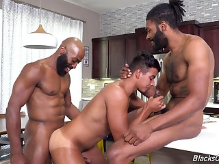 Energized anal sex around interracial threesome for a young twink