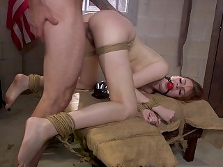 Redhead slut Maya Kendrick takes his detect in all respects be incumbent on her holes