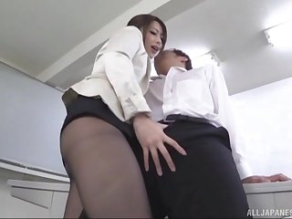 Japanese fucks at be imparted to murder berth until her boss gives her be imparted to murder raise