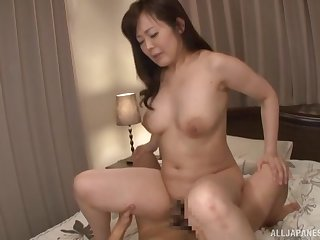 Mature from Japan fucks like a porn goddess